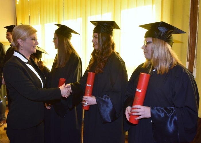 Predsjednica Grabar-Kitarović: Mijenjati stereotipe o muškim i ženskim zanimanjima