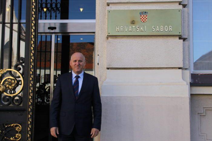 Bačić oporbi: Neargumentirano i politikantski rušite zakon o Državnom inspektoratu