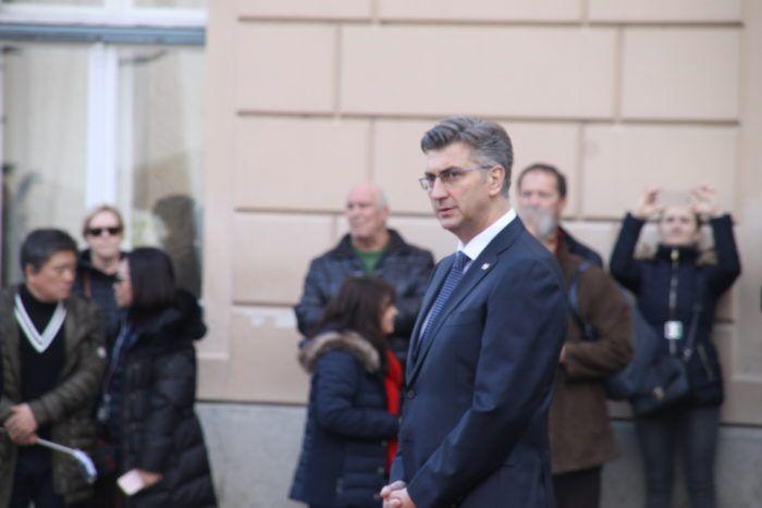 Predsjednik Vlade Plenković čestitao blagdan Hanuke