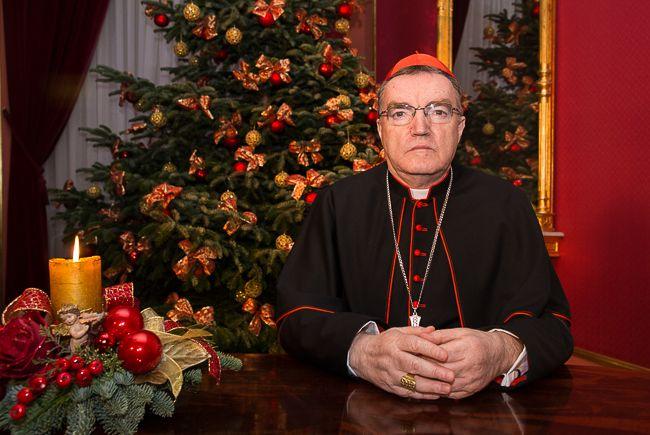 """Božićna čestitka kardinala Bozanića: """"Dragi prijatelji, anđeoski navještaj završava božićnom objavom da su ljudi miljenici Božji"""""""