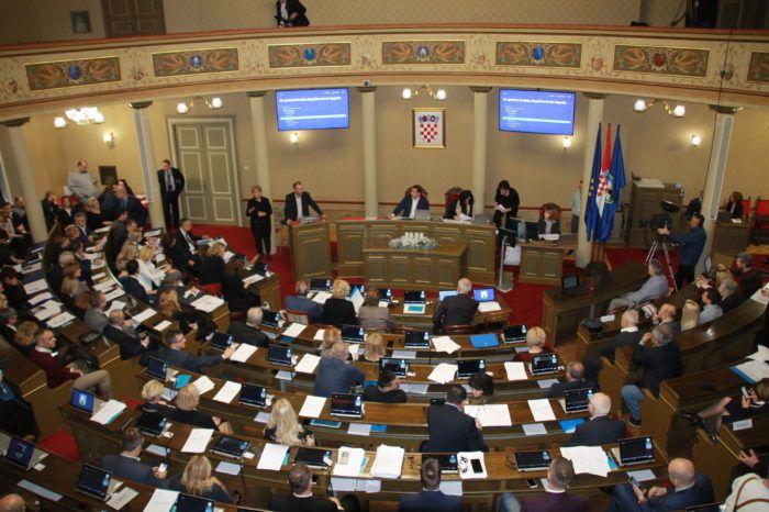 Zagrebačka Gradska skupština: Prošao proračun sa 26 glasova prema 24