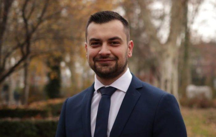 """Armin Hodžić tvrdi da je on legalno izabrani predsjednik SDAH-a: """"Mirsad Srebreniković, koji sebe predstavlja predsjednikom SDAH-a, lažirao je zapisnike sjednica stranke"""""""