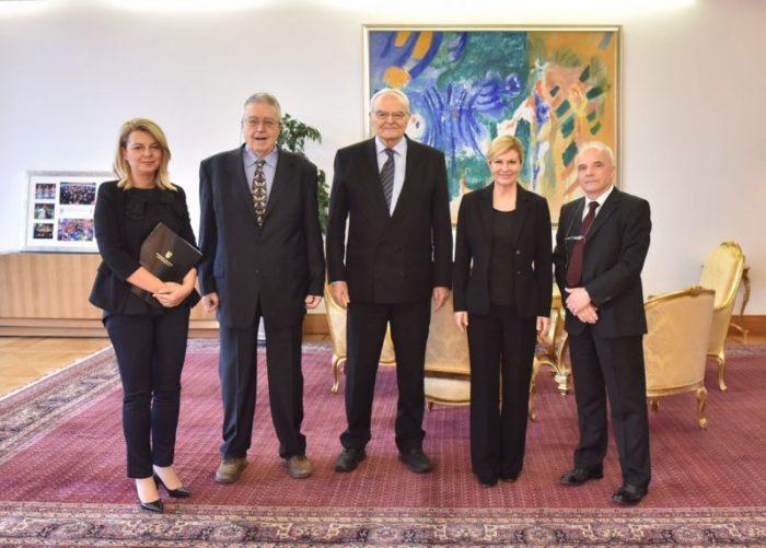 """Predsjednica Grabar-Kitarović primila izaslanstvo Poticajnog odbora """"Od imena do samostalnosti"""""""