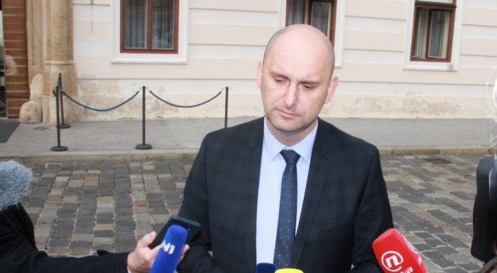 Tolušić očekuje brzu istragu i otkrivanje počinitelja nakon što su u tjedniku Nacional objavljene njegove lažirane fotografije