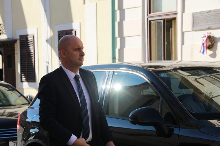 """Ministri osudili pokušaj diskreditiranja Tolušića, on poručio da će """"banda uskoro završiti u zatvoru"""""""