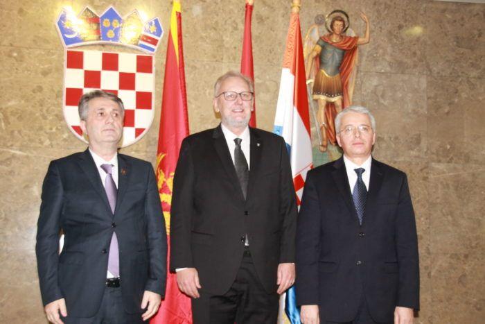 Božinović o suzbijanju ilegalnih migracija razgovarao s kolegama iz Albanije i Crne Gore