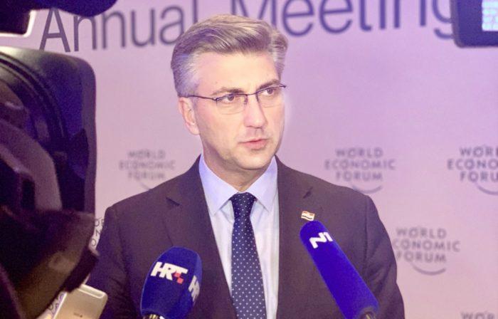 Plenković u Davosu: Čvrsto stojimo u obrani integriteta ministra Tolušića