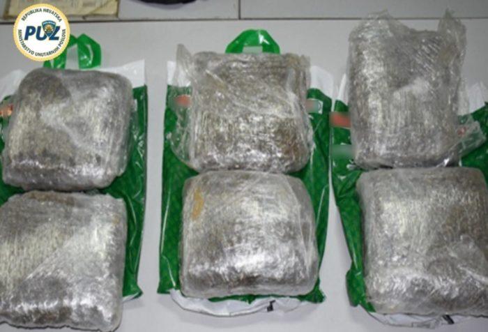 PUZ: Zaustavljen u prometu sa šest kilograma marihuane, kod kuće imao još 4,5