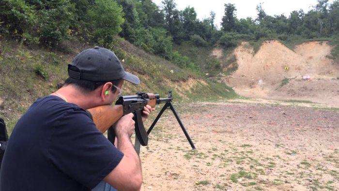 Policija na zadarskom području u kući 37-godišnjaka pronašla puškomitraljez M-72