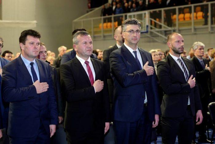 Plenković: HDZ je jedina ozbiljna politička opcija