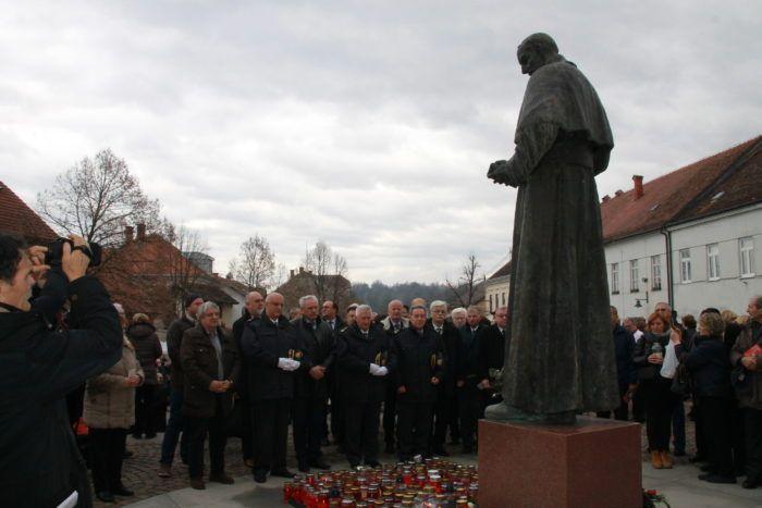 """Proslavljeno Stepinčevo u Krašiću: """"Kao građani i kao vjernici imamo pravo tražiti da se ispravi izvršeno nasilje i u našem društvu poštuju kršćanska načela"""""""