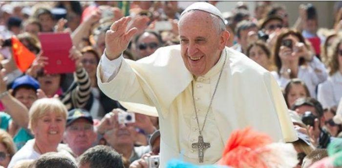 Papi ponuđeno milijun dolara za humanitarne svrhe ako bude vegan za korizmu