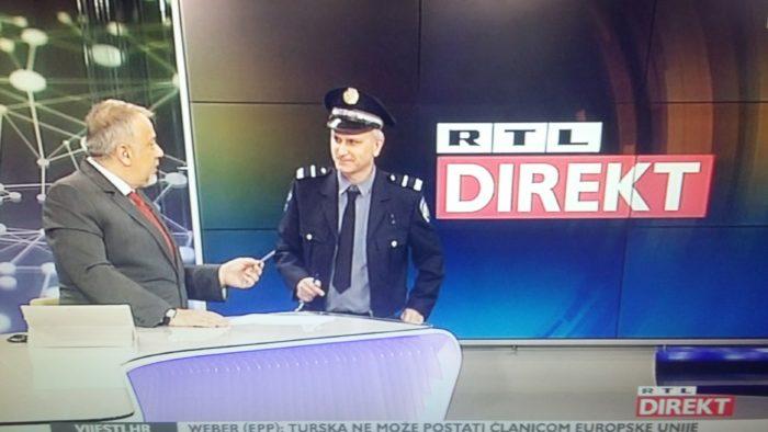 """U studiju RTL Direkta tijekom cijele emisije stajao je policajac – Šprajc: """"zamolili smo ih da u redakciji RTL Direkta uvijek bude jedan organ koji nas može legitimirati"""""""