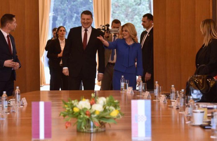 Grabar-Kitarović i Vejonis slažu se da treba očuvati jedinstvo EU-a i NATO-a