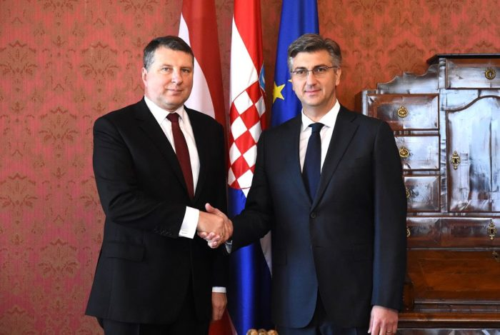 Plenković i Vējonis o jačanju suradnje Hrvatske i Latvije u području gospodarstva, kulture i obrane