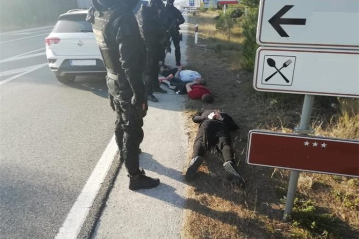 Splitska policija i Uskok razbili zločinačku skupinu osumnjičenu za pokušaje ubojstva članova konkurentske narkoskupine