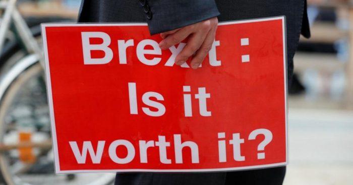 Španjolska daje boravište za 400.000 Britanaca u slučaju 'tvrdog' Brexita