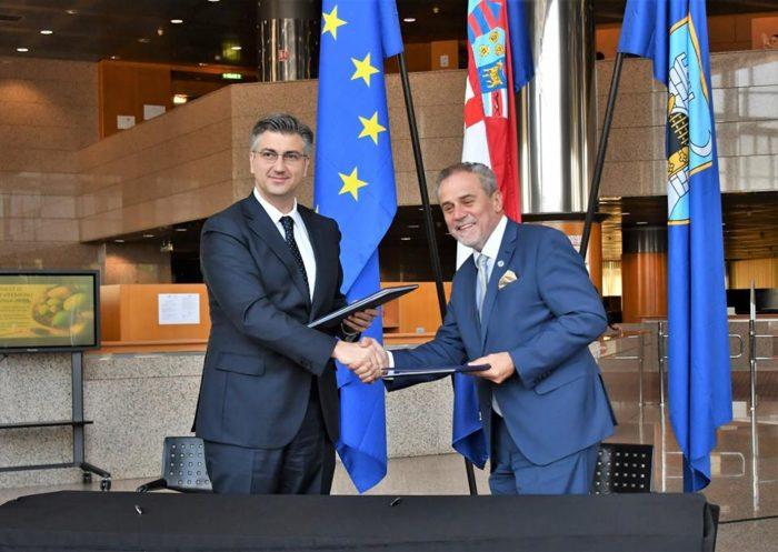 Plenković i Bandić potpisali sporazum o izgradnji dječje bolnice