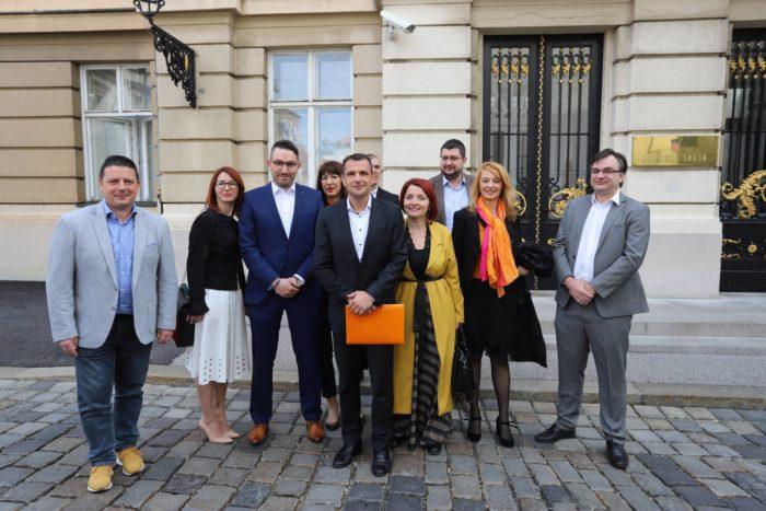 """HNS predao listu kandidata za Europski parlament: """"Naša kampanja bit će proaktivna"""""""
