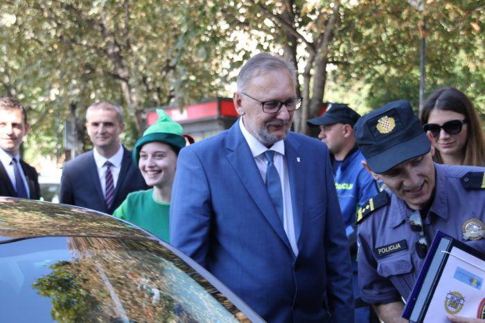 Neka slijede MUP i ministra Božinovića pa će neupitno Republika Hrvatska krenuti naprijed
