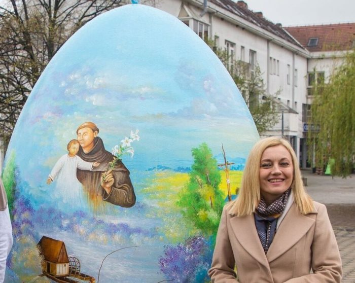 """Marijana Petir uputila uskrsnu čestitku: """"Nadvladajmo i mi svoje zemaljske brige i probleme i budimo hrabri jer – On je pobijedio svijet"""""""