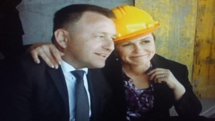 """Predsjednica Grabar-Kitarović zaplakala na vukovarskom Vodotornju: """"Toranj će biti simbol hrvatske slobode, svih hrvatskih branitelja"""""""
