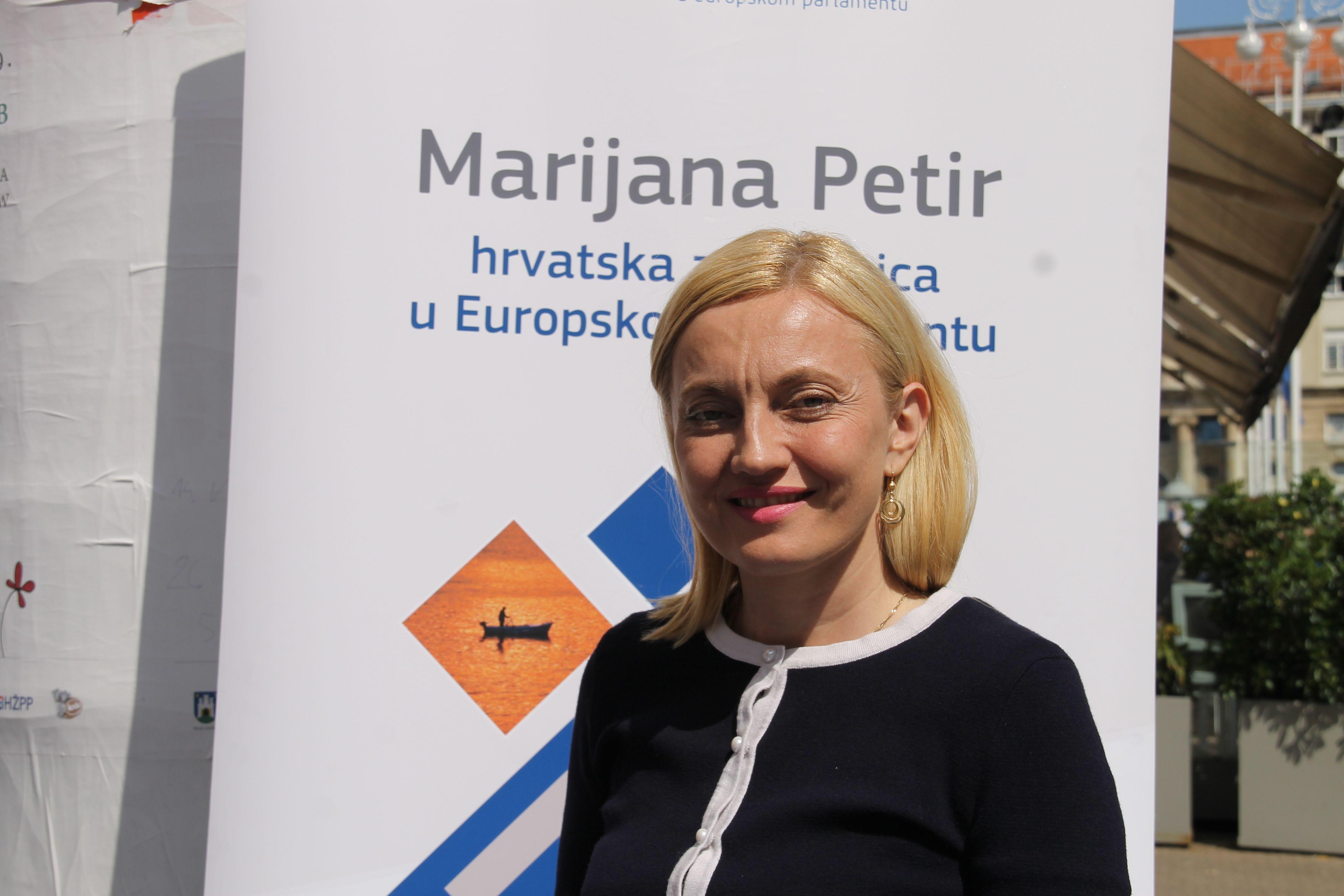 """Marijana Petir: """"Da su ljudi devedesetih rekli – nije nas briga, mi ne bismo imali državu. Nemamo pravo to zaboraviti""""!"""