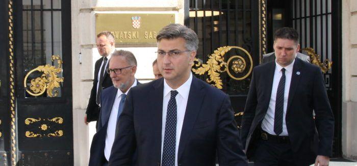 """Plenković ne može komentirati detalje 'afere SMS' bez cjelovite informacije: """"Želimo da se cijela ta priča zaista rasvijetli do kraja"""""""