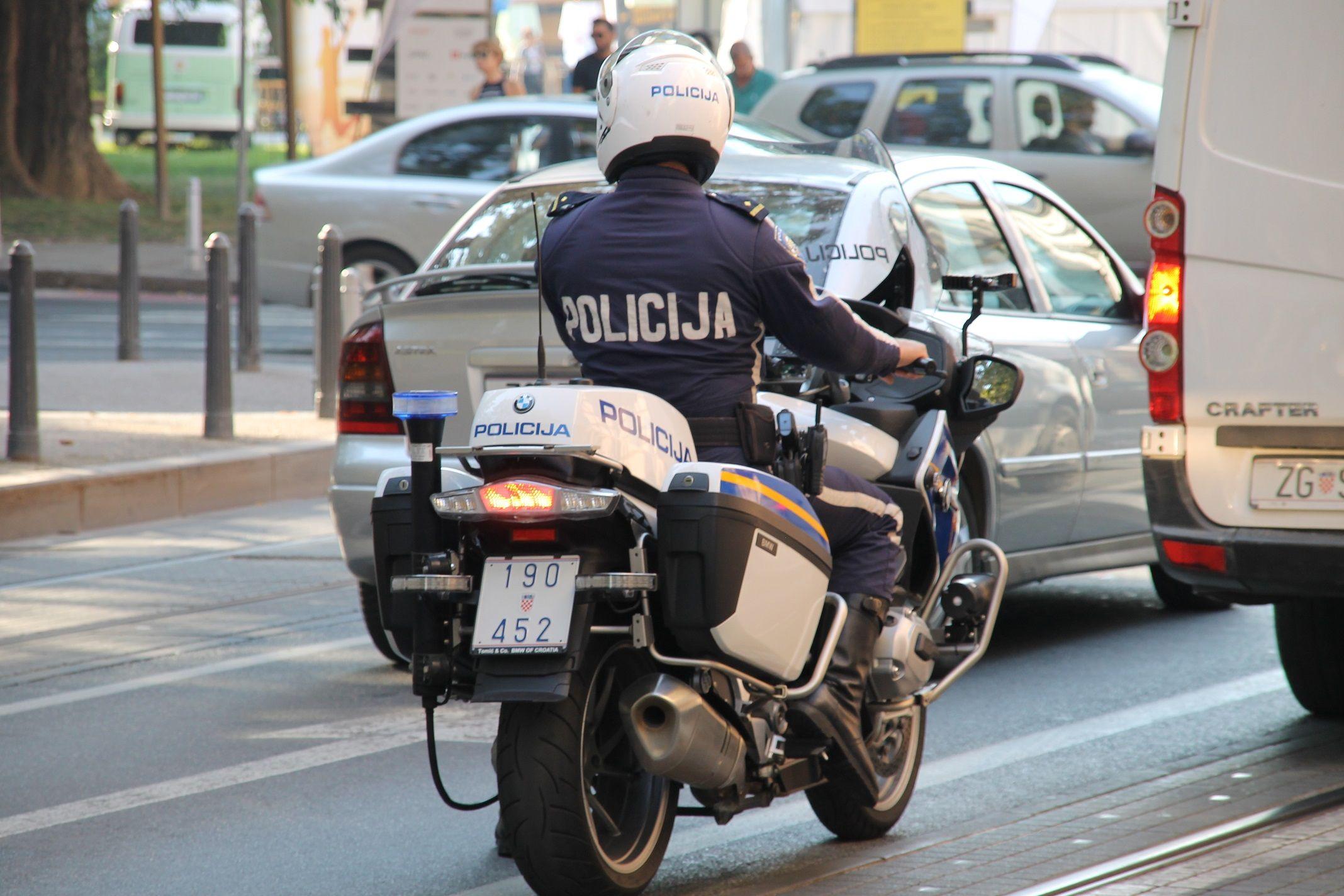 U nadzoru prometnica 4.252 prekršaja, najproblematičniji brzina, mobiteli i alkohol