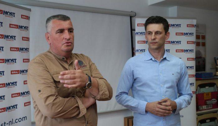 """Petrov i Bulj o iseljavanju: Hrvatska od EU treba tražiti dodatna sredstva radi zaustavljanja masovnog iseljavanja. """"Može nas spasiti samo snažniji glas u Europskom parlamentu """""""