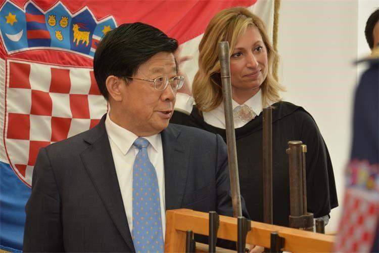 """Državni vijećnik i ministar javne sigurnosti NR Kine Zhao Kezhi posjetio je Centar za forenzična ispitivanja, istraživanja i vještačenja """"Ivan Vučetić"""""""