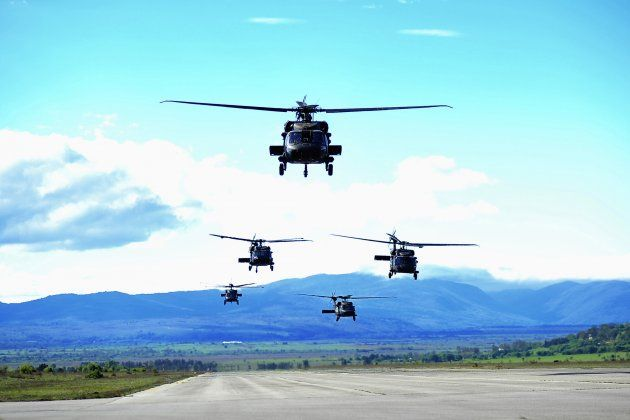17 savezničkih helikoptera doletjelo u vojarnu Udbina: dominacija američkih helikoptera Black Hawk
