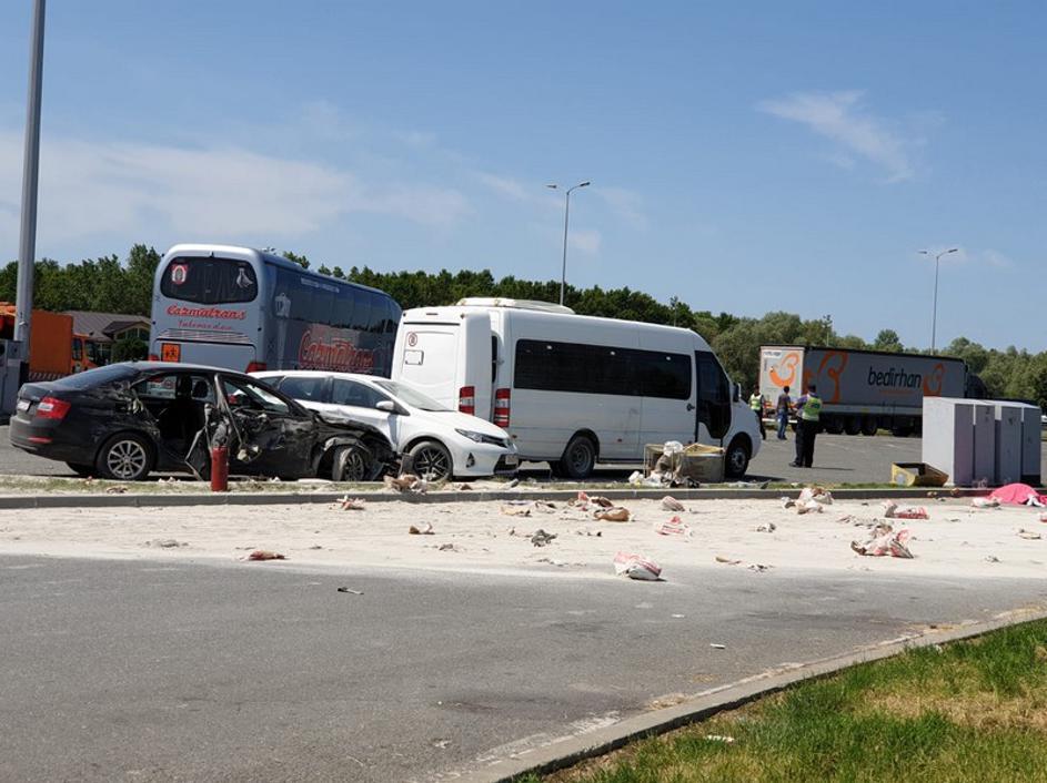 U nesreći na odmorištu autoceste poginulo dvoje djece od 14 godina