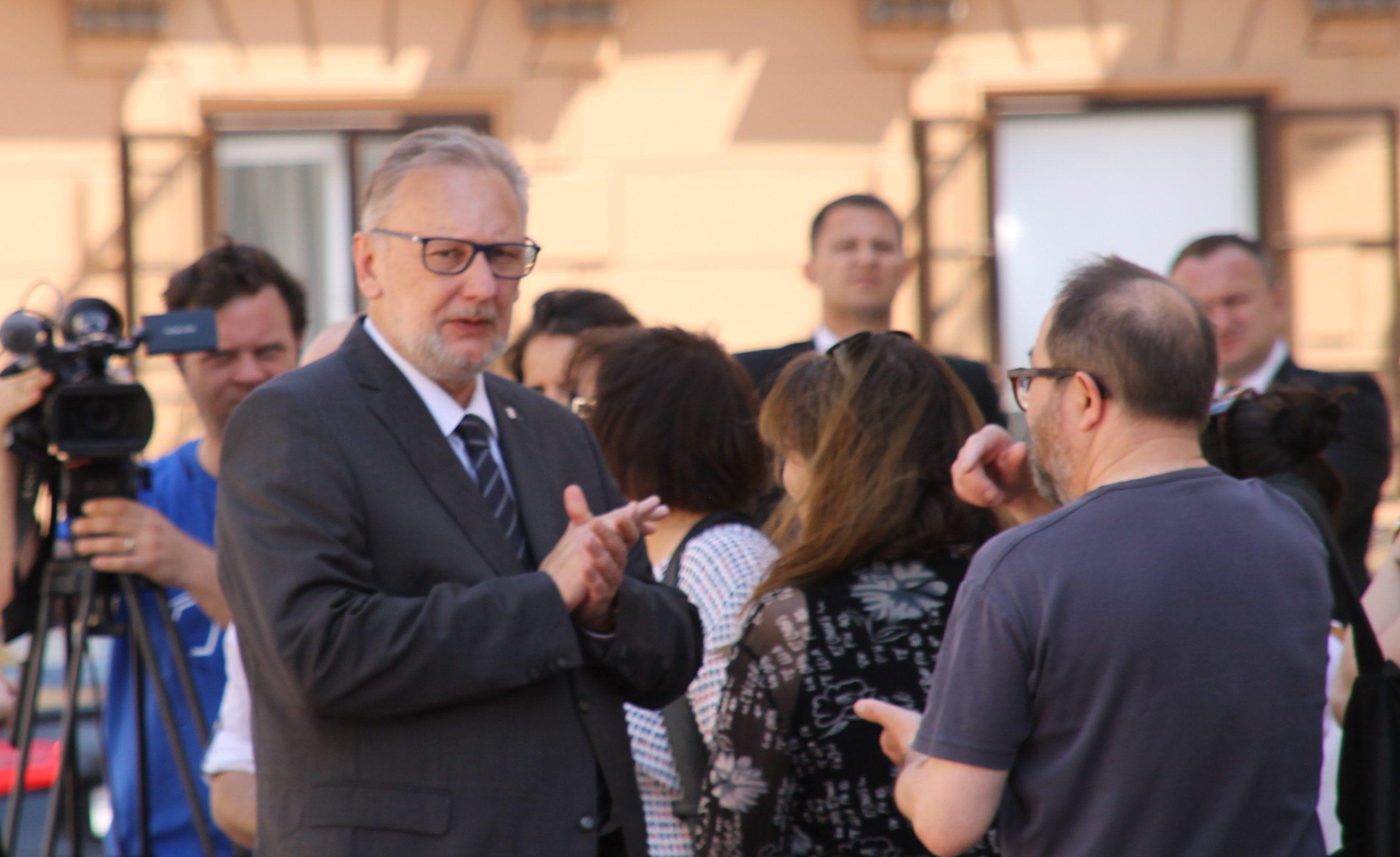 """Nacionalni preventivni projekt """"Lily"""" – Božinović: Policija se ne može sama nositi s problemom nasilja u obitelji"""