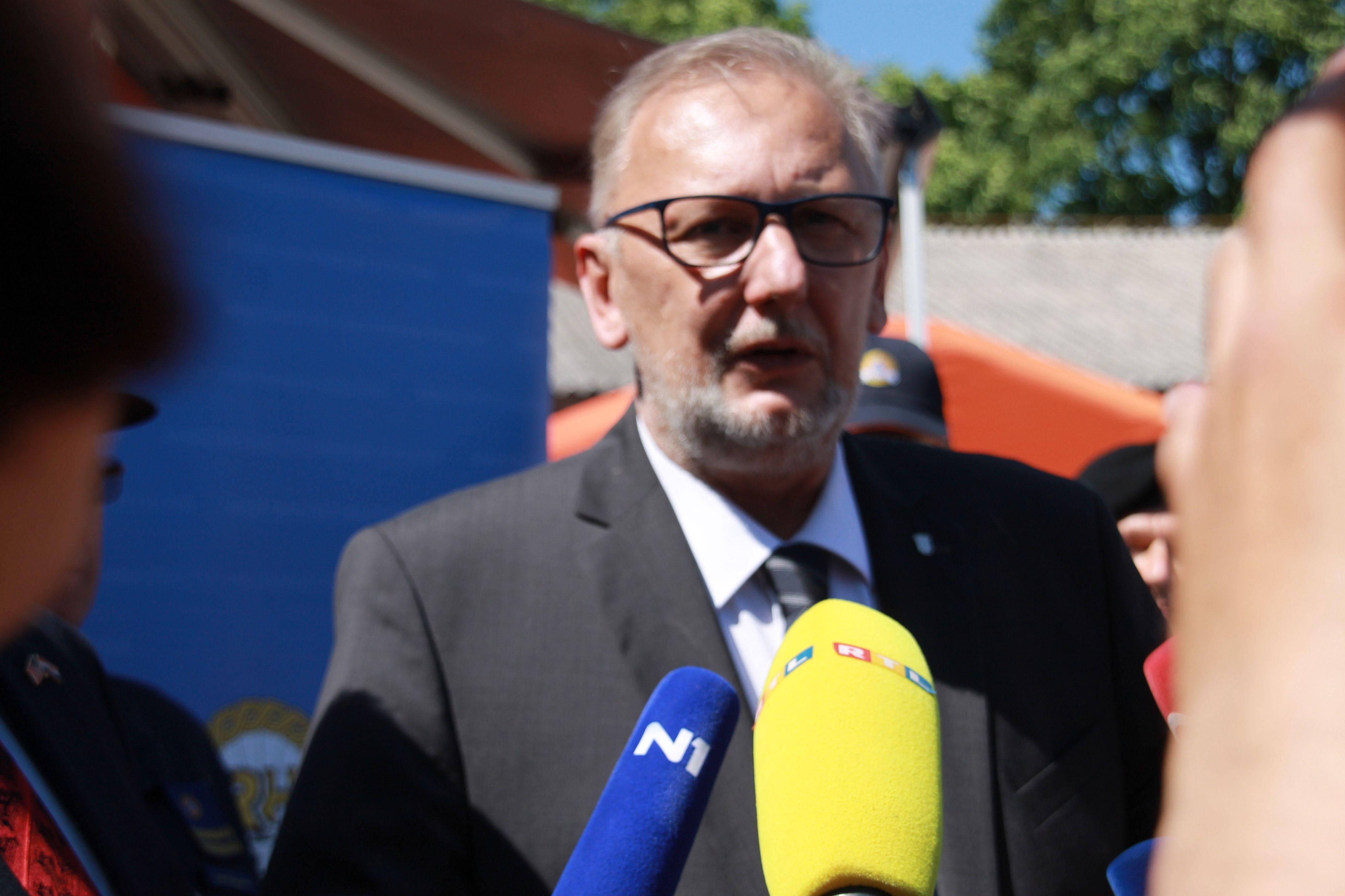 Božinović: Policija upoznata s nalogom za raspisivanjem tjeralice protiv Mamića