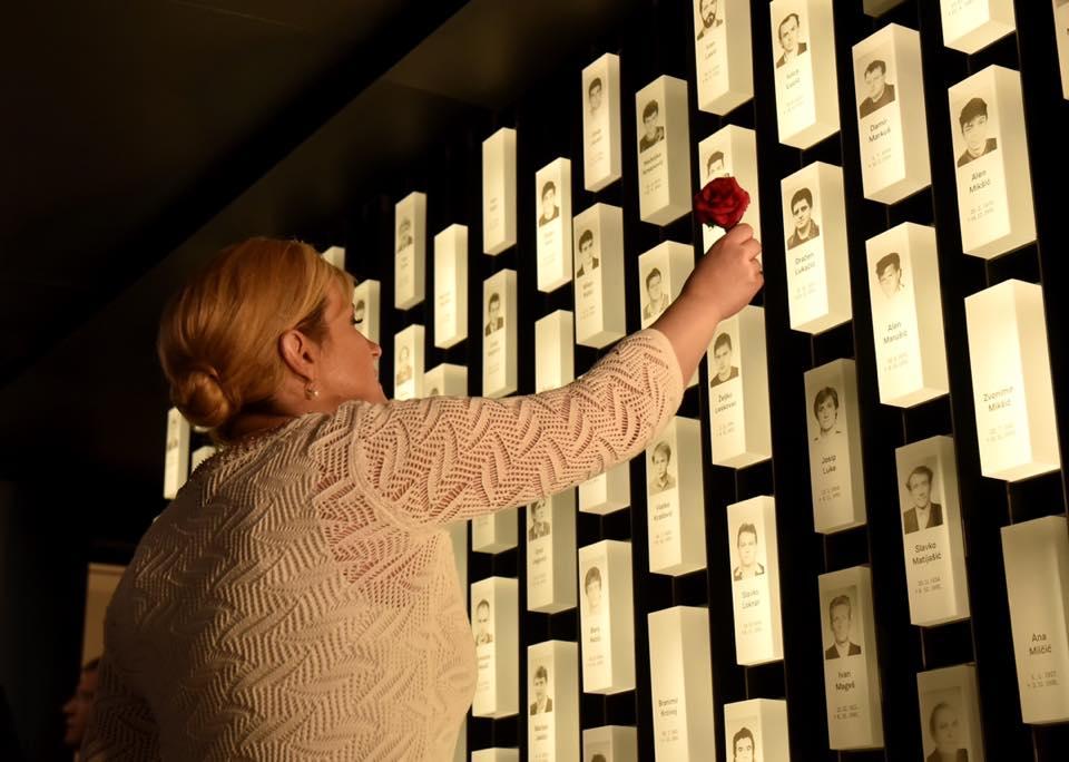 """Otvoren Muzej domovinskog rata Karlovac-Turanj: Grabar-Kitarović: """"Hrvatska tu nije bila slomljena, nego je Turanj postao simbol pobjede za cijelu Hrvatsku"""""""