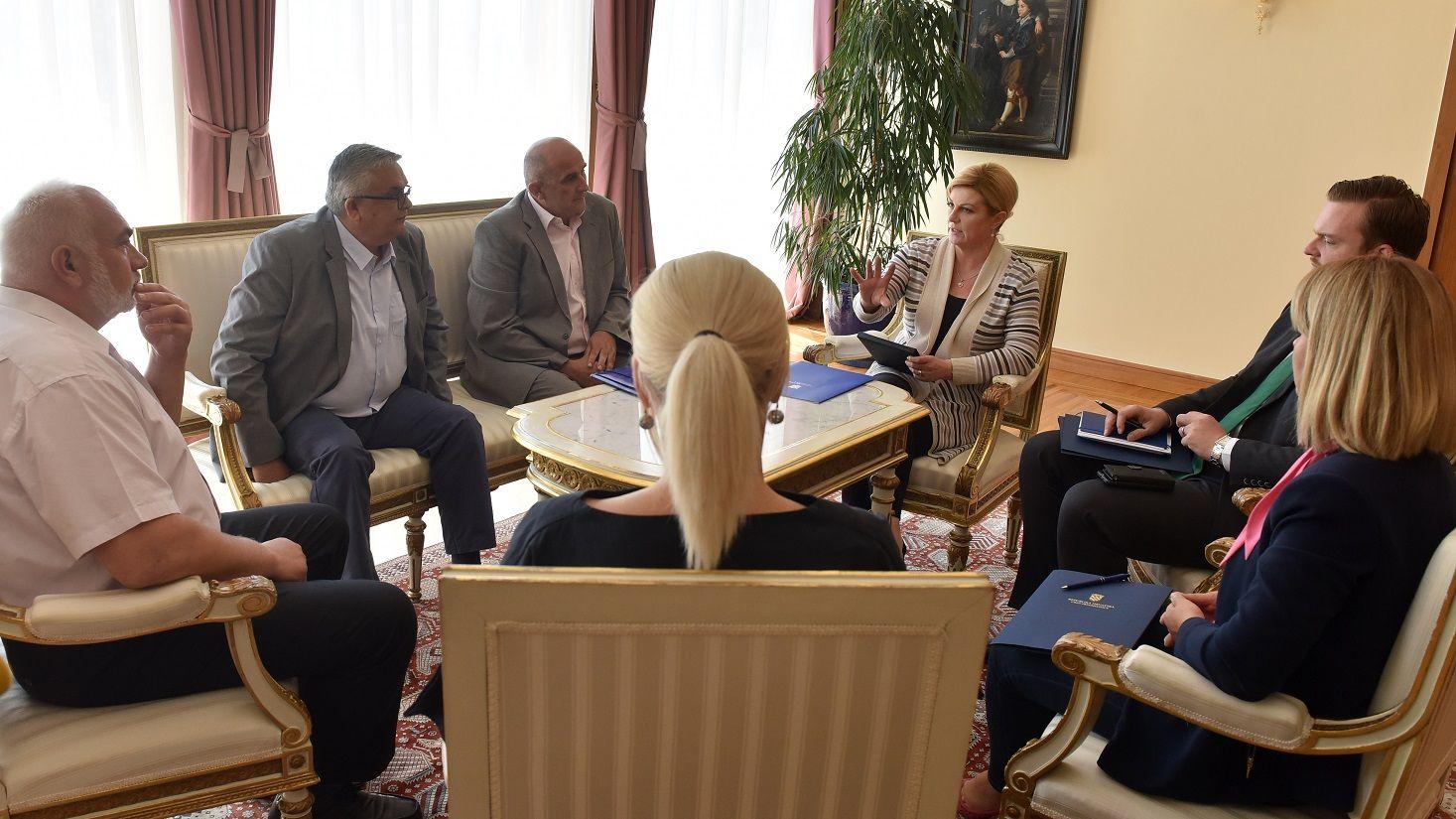 Predsjednica Grabar-Kitarović predlaže da se razmotri prijedlog GI Lex Franak