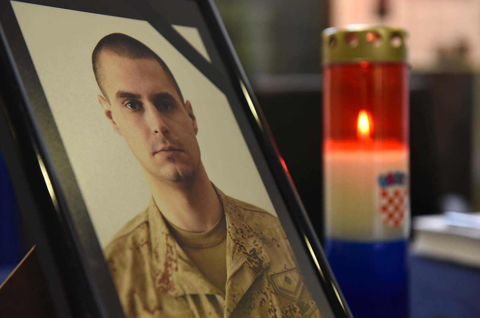 Zamolba obitelji poginuloga hrvatskog vojnika Josipa Briškog: Posljednji ispraćaj u krugu obitelji i prijatelja, bez medija