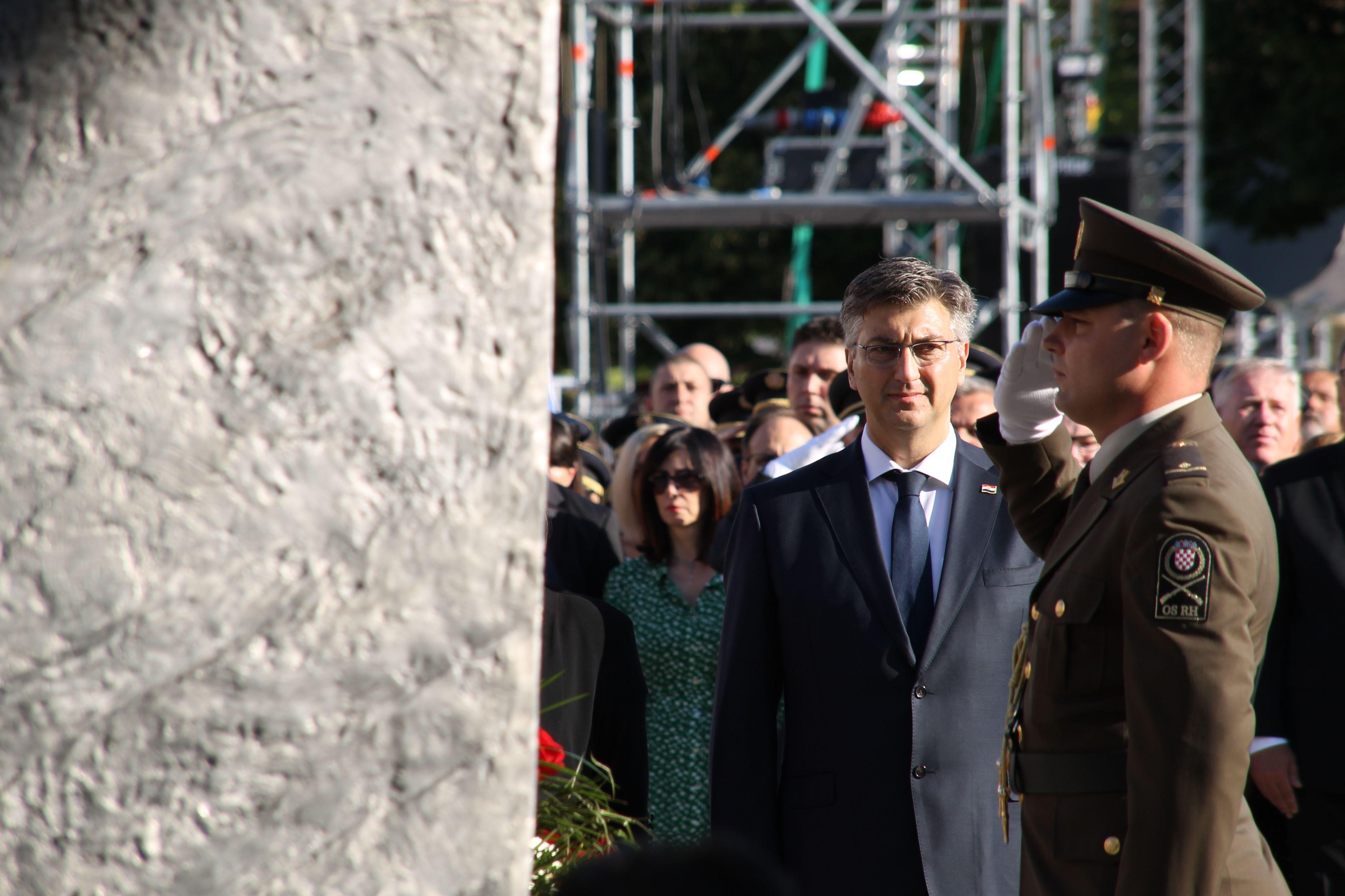 DAN POBJEDE – Plenković: Oluja je bila trenutak koji je preokrenuo hrvatsku povijest
