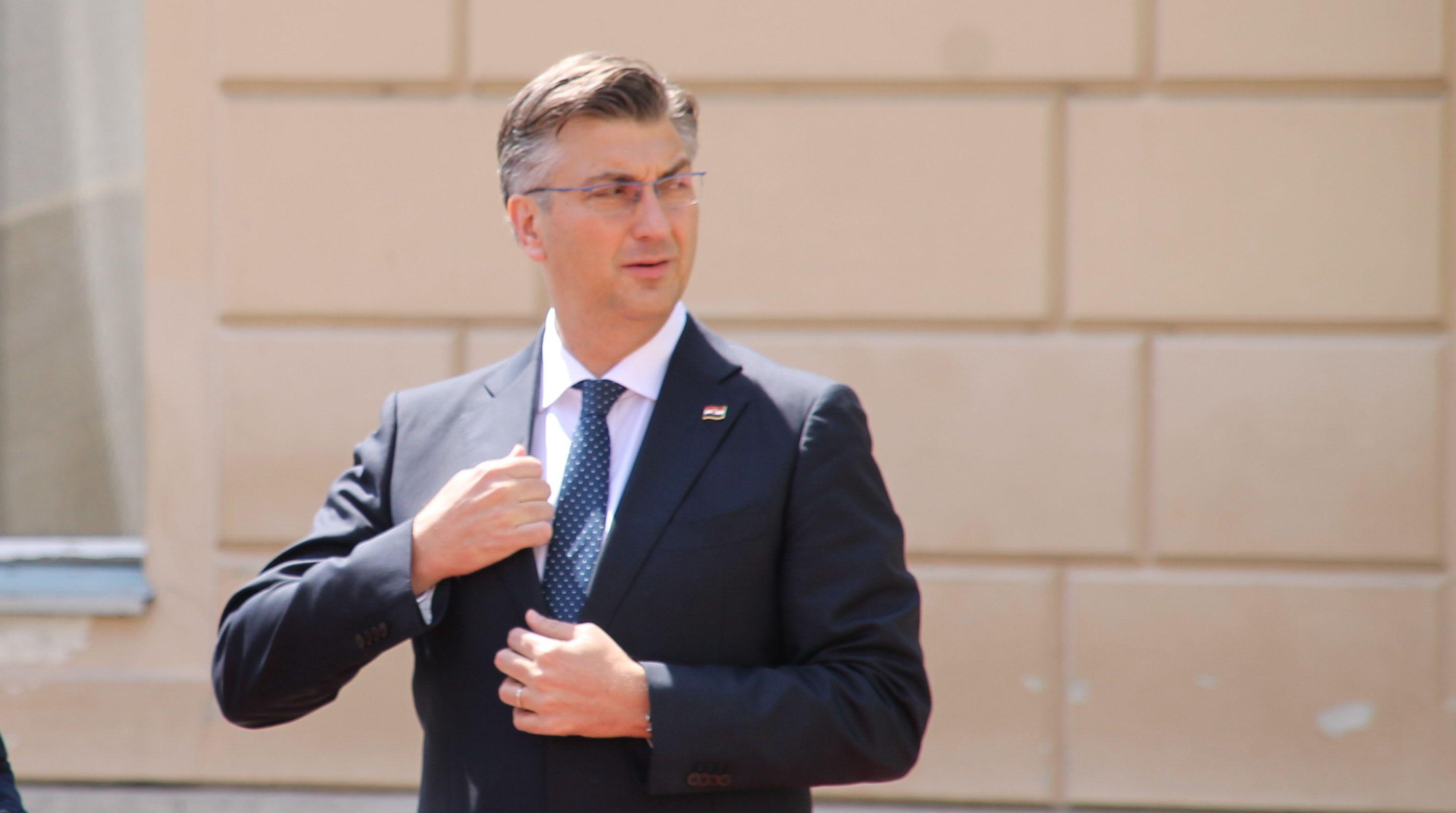 Plenković: Nije mi jasno kako se Milanović koji je napravio toliki dug može kandidirati za predsjednika države