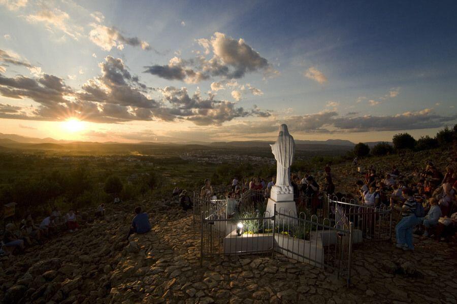 """Sveti otac Papa Franjo """"otvorio velika vrata za Međugorje"""""""