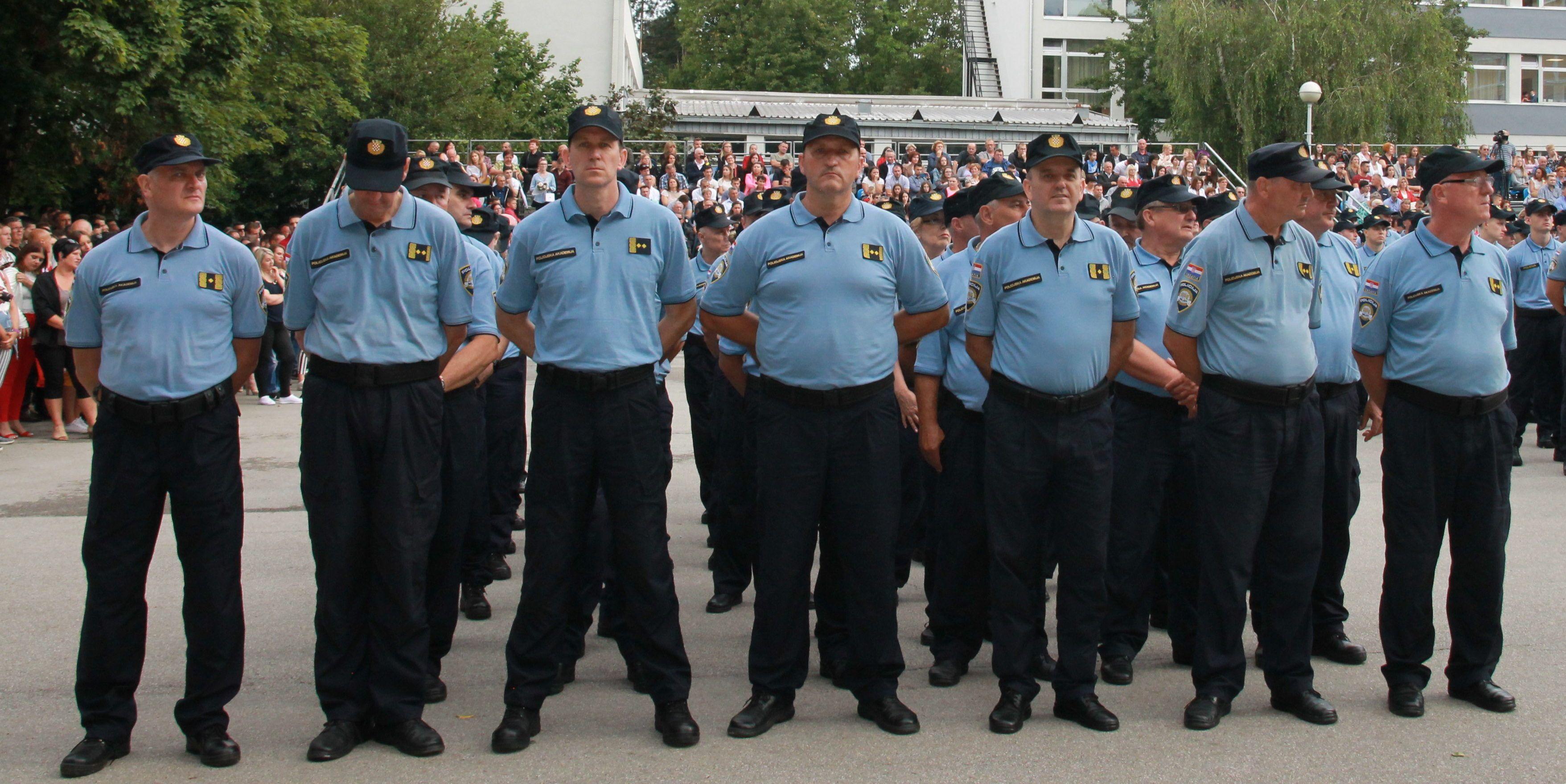 MUP prvi put nakon rata vraća u službu umirovljene policajce