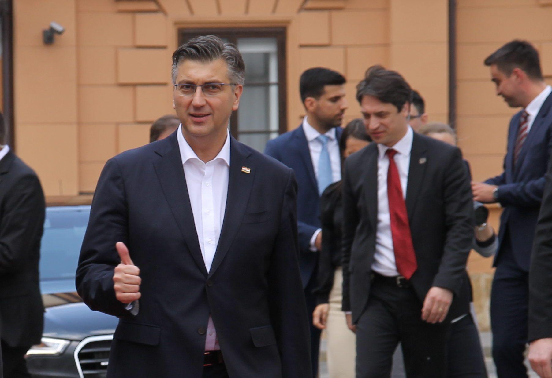 """Plenković o prihvaćanju prijedloga Građanske inicijative """"67 je previše"""": Postignut je balans"""