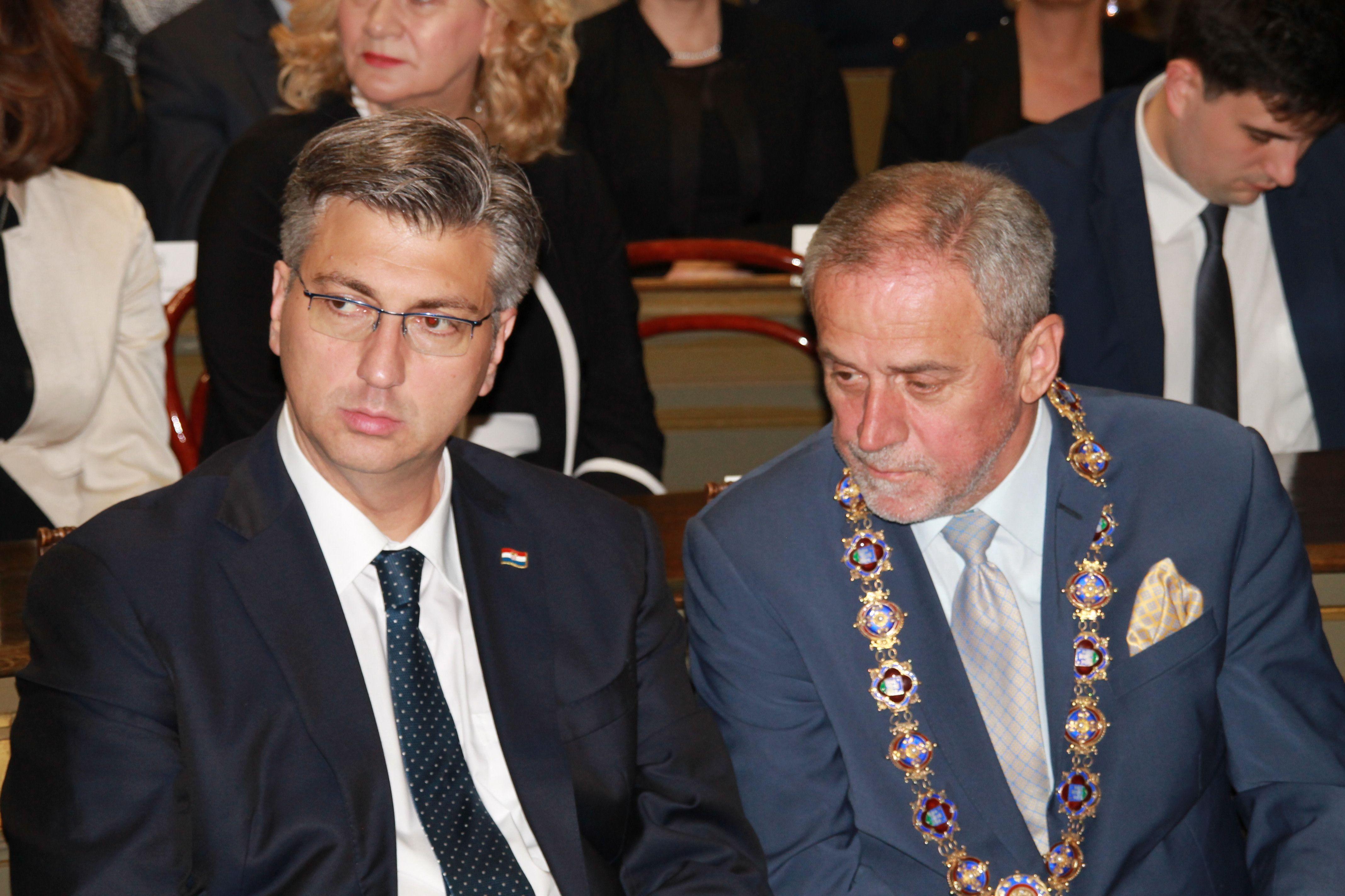 Bandić zaprijetio Plenkoviću: Većina u Saboru imat će podršku dok god budemo partnerski surađivali