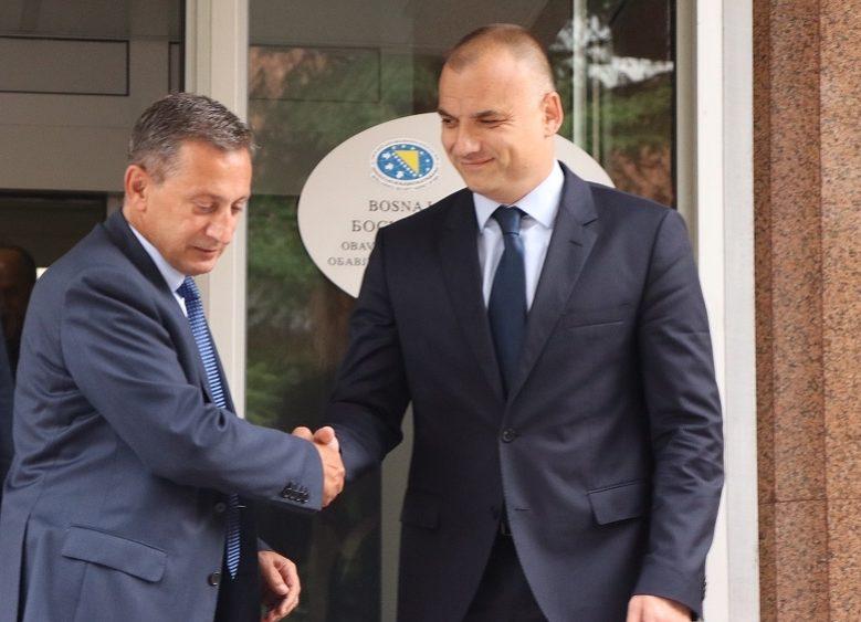 PORAZ KRIMMILJEA DODIKA I ČOVIĆA: Osmica ostaje na čelu  bosanskohercegovačke Obavještajno-sigurnosne agencije (OSA)  iako su mu u Banjoj Luci poništili diplomu