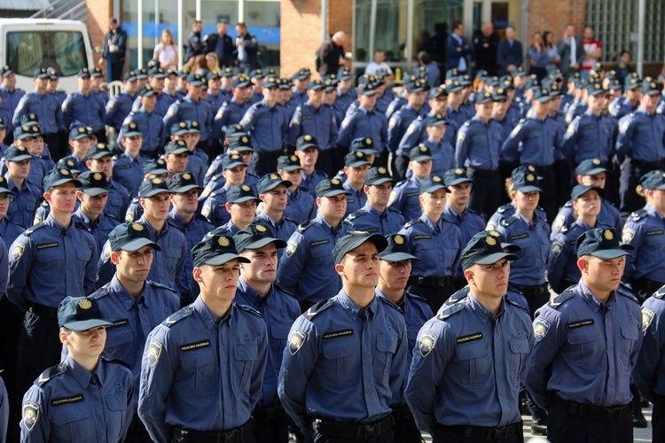 U Policijskoj akademiji obilježen početak školovanja novog naraštaja policajaca: postrojeno 788 novih polaznika, 528 mladića i 260 djevojaka