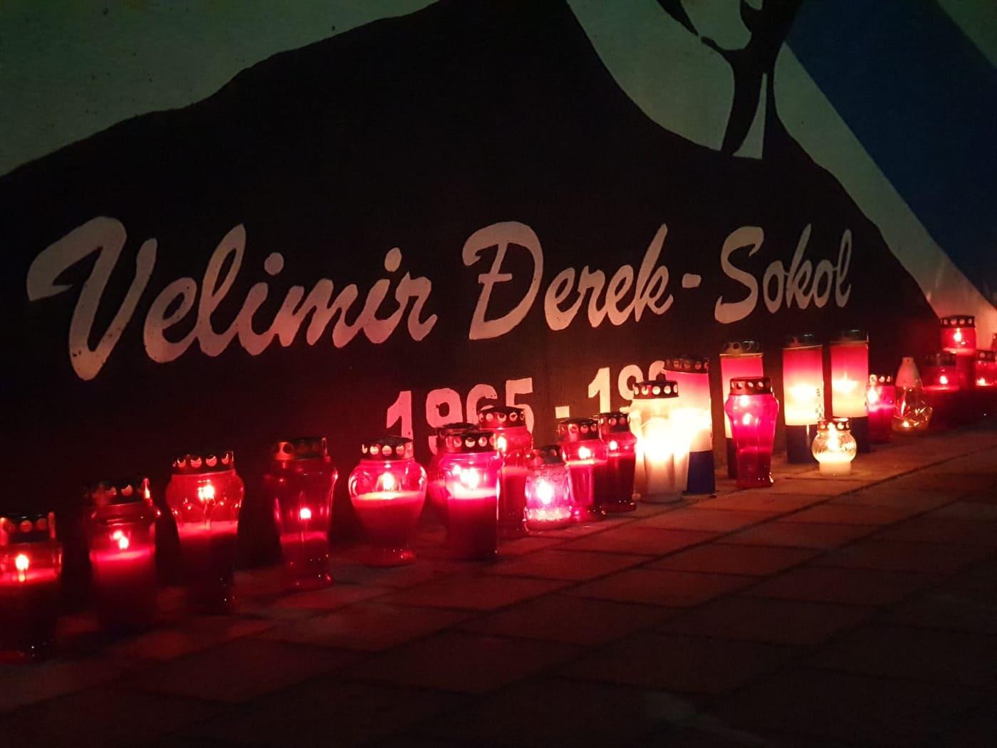 SJEĆANJE NA HEROJA Godišnjica smrti Velimira Đereka Sokola, vukovarskog heroja: mirno spavaj Sokole naš… Pozdrav iz naše Imotske krajine!!