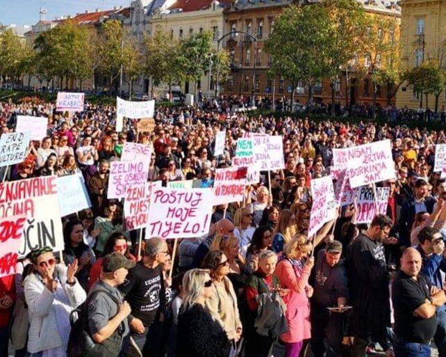 """Prosvjed podrške žrtvama seksualnog nasilja """"Pravda za djevojčice"""": Nekažnjavanje zločina je zločin"""
