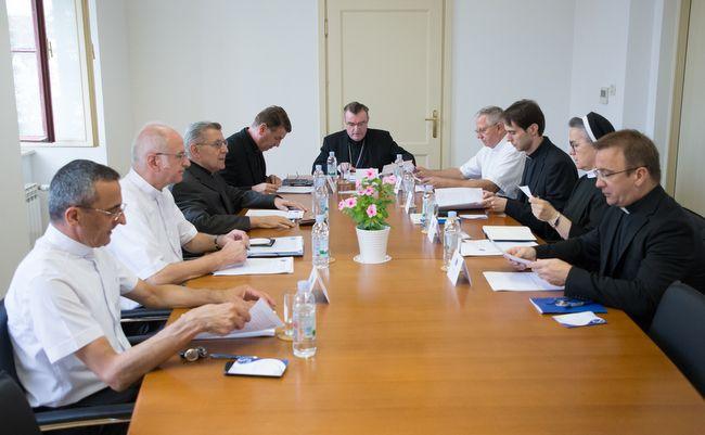 Kardinal Bozanić odobrio novi Statut Zbora prebendara