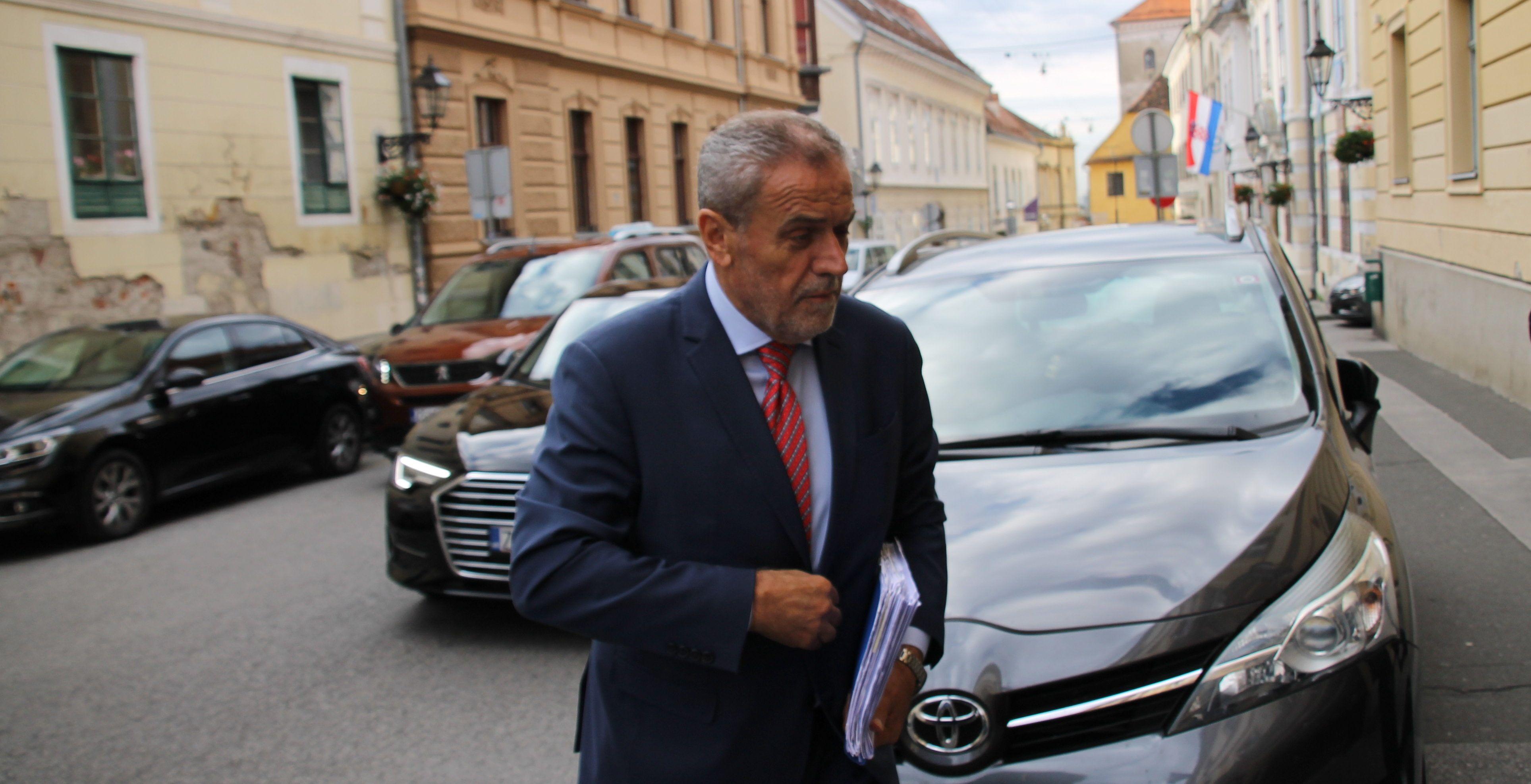 HND i SNH osudili Bandićev napad na novinara Radio Sljemena i psovke upućene slušateljicama: neće mene nitko j.. Neće skrenuti s mog puta istine i dostojanstva…